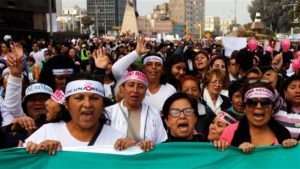 The Peruvian Beauty Queens who Stood Up
